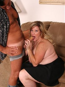 Mature bbw Deedra loving a huge schlong by cramming it in her mouth and chubby pussy
